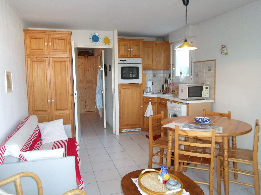 location-t2-meuble-a-saint-jean-de-luz